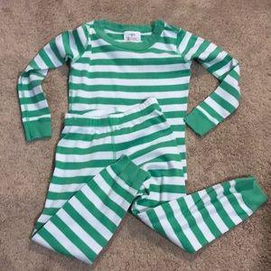 Hanna Andersson pajamas size US 4
